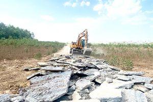 Vẫn lén lút phân lô bán nền đất không hợp pháp