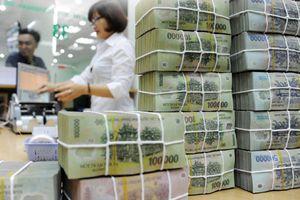 Tổng thu ngân sách nhà nước 10 tháng giảm 28,13%