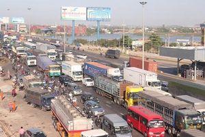 Đầu tư hạ tầng bài bản để giảm ùn tắc giao thông