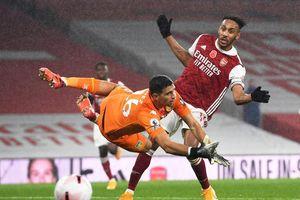 Aston Villa thắng đậm Arsenal ngay tại Emirates