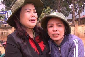 Giám đốc sở bật khóc nhìn cảnh trường tan hoang ở Hướng Hóa