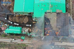 Cháy lớn gây thiệt hại nặng tại nhà máy sản xuất viên nén của Công ty Hào Hưng