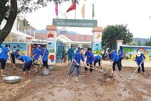 Bình Định cho học sinh nghỉ học từ sáng nay để phòng tránh bão số 12