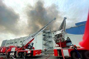 Vụ cháy lớn tại Khu công nghiệp Hiệp Phước bắt nguồn từ kho đông lạnh