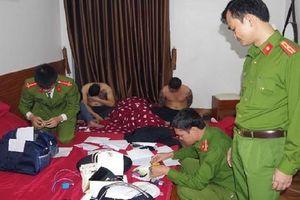 39 thanh niên nam, nữ 'thác loạn' trong khách sạn