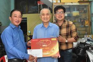 'Mai Vàng nhân ái' thăm soạn giả Hoàng Ngọc Ẩn