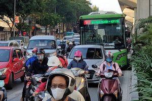 Hà Nội: Làm thế nào để buýt nhanh… nhanh hơn?