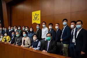 Mỹ, Canada đe hậu quả vụ Hong Kong cách chức 4 nghị sĩ đối lập