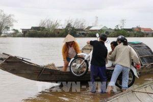 Vùng 'rốn lũ' Quảng Điền mênh mông biển nước, nhiều thôn bị cô lập