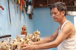 Họa sĩ thổi hồn dân tộc vào tre Việt