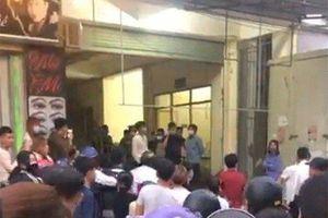 Nghệ An: Phát hiện thi thể nam thanh niên đã bốc mùi ở tầng 2 chợ