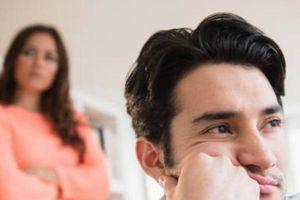 Có nên ly dị vợ để quay về với bạn gái cũ?