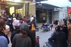 Tá hỏa phát hiện thi thể nam thanh niên bốc mùi nồng nặc trên tầng 2 khu chợ ở Nghệ An
