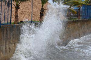 Quảng Ngãi sơ tán hơn 2.500 người tránh bão số 13