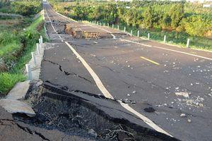 Gia Lai: Kỹ sư bị khởi tố vì đường 250 tỷ đồng vừa hoàn thành đã tan nát