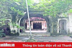 Nghinh môn nhà Lý và đền thờ Lý triều Hoàng Thái hậu trong cụm di tích lịch sử - văn hóa Hoa Lộc