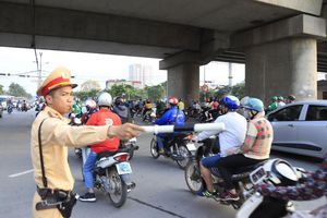 Kéo giảm ùn tắc và tai nạn giao thông: Cần giải pháp quyết liệt và đồng bộ