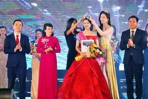 Nữ sinh Sư phạm Hà Nội đăng quang Người đẹp Hạ Long 2020