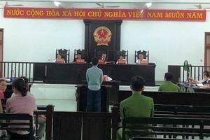 Phú Yên: Xét xử vụ cháu chém ông nội liên quan đến tranh giành đất