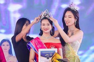Trần Thị Mai đăng quang 'Người đẹp Hạ Long 2020'