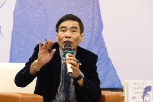 TS Lê Thẩm Dương: 'Thiên tai, dịch bệnh dạy con người biết sợ'