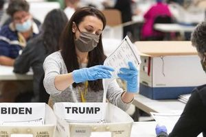 Bầu cử Mỹ: Tổng thống Trump bị 'dội gáo nước lạnh' ở bang Georgia