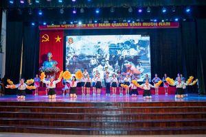 Câu chuyện âm nhạc đầy sắc màu chào tân sinh viên trường Đoàn