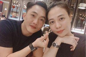 Dân mạng cười ngất với pha 'bẻ lái' cực gắt của Đàm Thu Trang sau màn khoe tin nhắn mùi mẫn
