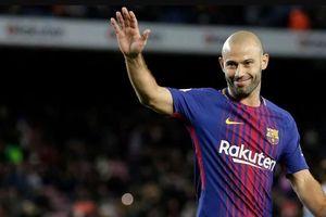 Cựu ngôi sao Barcelona tuyên bố giải nghệ