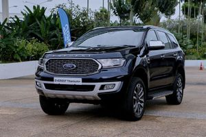Ngắm Ford Everest 2021 vừa ra mắt, quyết đấu với Toyota Fortuner