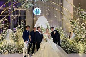 Những chiếc váy cưới xa hoa của Xoài Non và loạt mỹ nhân Việt