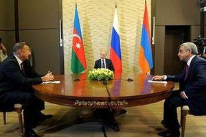 Hòa bình le lói cho Kavkaz