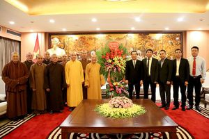 Chủ tịch UBND TP Hà Nội tiếp đoàn đại biểu Ban Trị sự Giáo hội Phật giáo Việt Nam TP Hà Nội