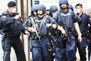 Áo mạnh tay trấn áp những đối tượng từng bị kết tội khủng bố