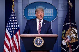NYT: Tổng thống Donald Trump từng đề xuất tấn công cơ sở hạt nhân Iran