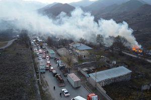 Armenia hỗn loạn sau khi ký hiệp định ngừng bắn: dân chúng tự đốt nhà bỏ đi, Ngoại trưởng từ chức...