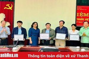 Thanh Hóa tiếp nhận lô hàng viện trợ phương tiện tránh thai do Tổ chức DKT tài trợ