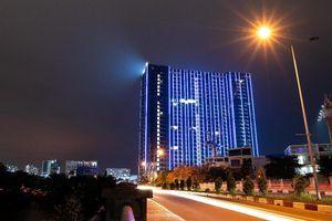 Chi 3 triệu USD lắp đèn LED, tòa tháp sắp bàn giao trở thành biểu tượng khu Nam Sài Gòn