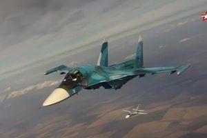 Il-78 tiếp dầu ngoạn mục cho hàng loạt chiến đấu cơ ở độ cao 5.000m, tốc độ 600km/h