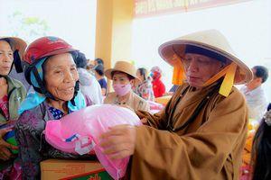 BTS Phật giáo Q.4,Tông môn Chúc Thánh tại TP.HCM hướng về miền Trung