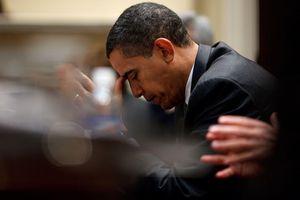Ông Obama hút 9 điếu thuốc một ngày vì căng thẳng khi còn ở Nhà Trắng