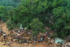 Hàng chục ha rừng tự nhiên được... 'cứu'