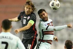 Thua ngược Bồ Đào Nha, Croatia vẫn tự tin giành vé trụ hạng Nations League
