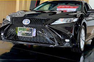Toyota Camry mới cứng, độ Lexus LS chỉ 1 tỷ đồng tại Cần Thơ
