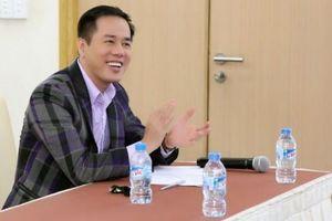 Ngày Nhà giáo Việt Nam: Người thầy đúng nghĩa không cần tô vẽ hay 'hóa trang' thành người khác
