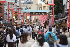 Nhật Bản và Hàn Quốc đối mặt với làn sóng lây nhiễm mới trên diện rộng