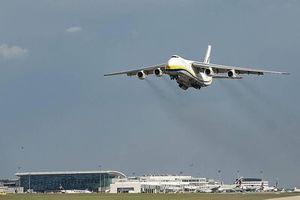 Vì sao phiên bản hành khách của An-124 Ruslan thất bại?