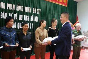 Giám đốc Asia Mastrer Travel Hà Nội chia sẻ khó khăn với bà con vùng lũ Quảng Bình