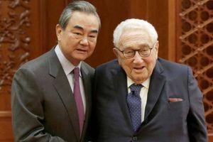 Henry Kissinger lại xuất hiện, Trung Quốc-Mỹ có khả năng tái thiết quan hệ