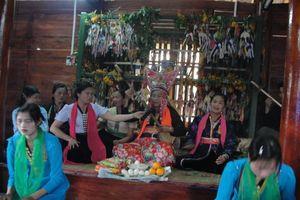Lai Châu: Di sản dân vũ dân gian dân tộc Thái